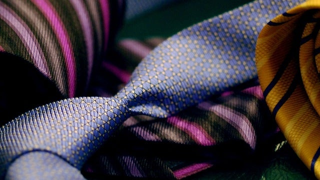 Learn to Correctly Match Your Tie to Your Suits and Dress Shirts