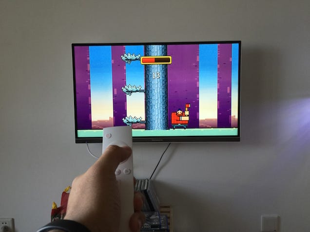 Tiny Android Box is Pretty Good for TV, Not So Much for Games