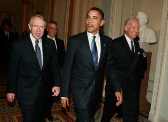 "President Obama Accepts Harry Reid's Apology For ""Negro"" Comment"