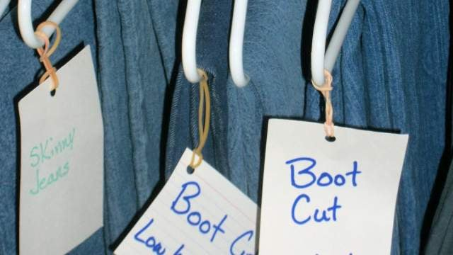 Find Your Jeans Quicker with Hanging Labels