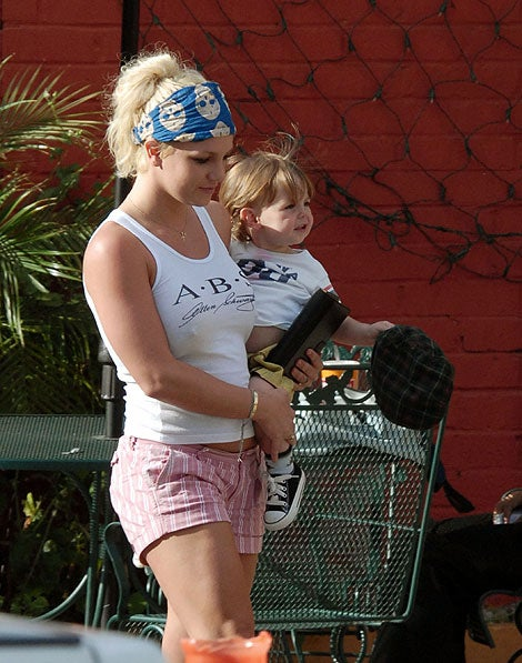 Which Celebrity Moms Are Secretly Depressed?