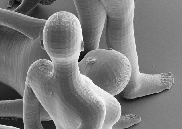 These amazing nudes are the smallest sculptures ever made [NSFW]