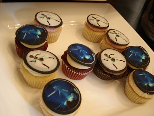 Cupcakes from the Delicious Side of the Force