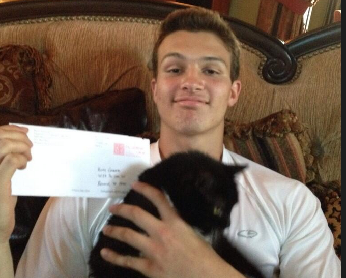 College Sends Recruitment Letter to Star Football Player's Cat