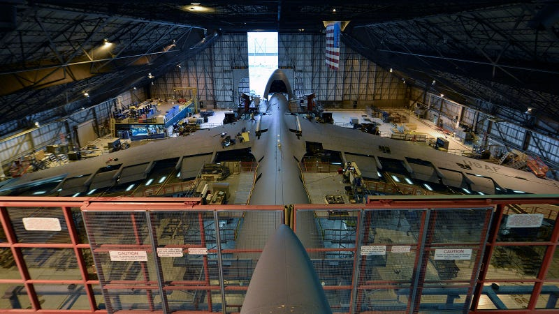 This Is How the Largest U.S. Military Airplane Gets Stripped Down