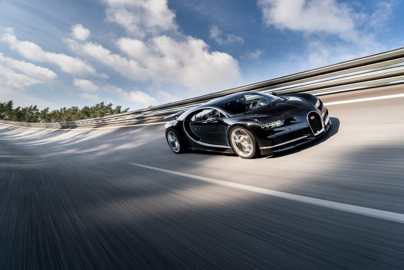 'Bugatti Chiron: This Is A Lot More Of It ' from the web at 'http://i.kinja-img.com/gawker-media/image/upload/s--htWk2nVD--/c_scale,fl_progressive,q_80,w_800/stx1xahiy8pxojcojur6.jpg'