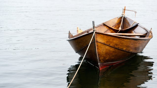 Swedish Police in Rowboat Chase After Naked Man in Handcuffs
