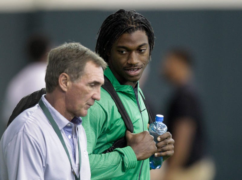 Report: Mike Shanahan Was Near-Obsessive With RG3's Media Availability