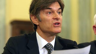 Doctors Ask Columbia University to Fire Dr. Oz Because He's Full of Shit