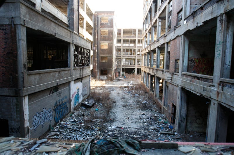 The Guy Trying To Buy The Packard Plant Is Having Trouble Raising Funds