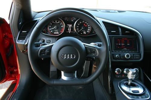2010 Audi R8 V10 Interior