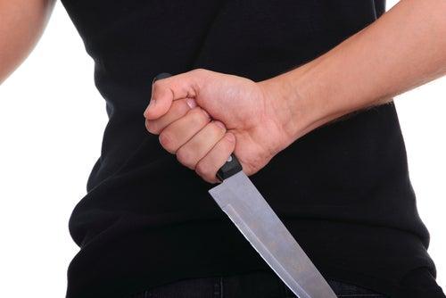 Man Castrates Teen Daughter's 57-Year-Old Boyfriend