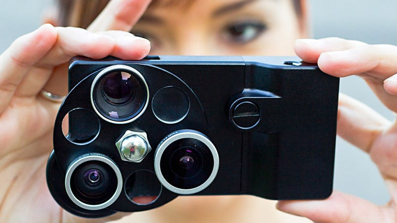 iPhone Lens Dial Puts Three Hardware Lenses on Your iPhone