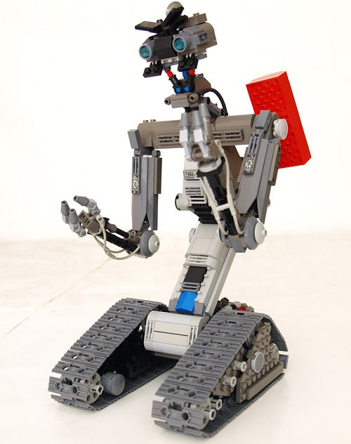 LEGO Johnny 5: Not QUITE Alive, But Still Pretty Damn Charming