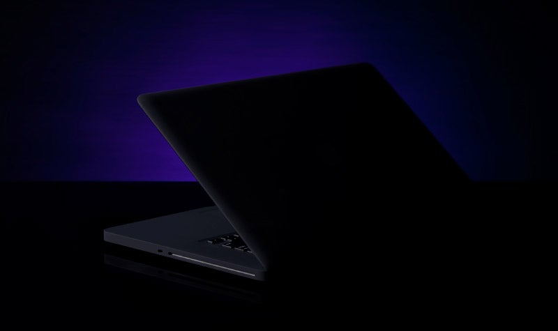 Matte Black MacBook Pro Looks Like a Deadly Stealth Ship