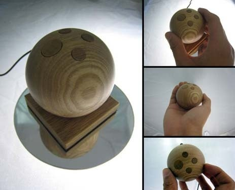Jupiter Mouse Offers Control Via Glorified Wooden Testicle