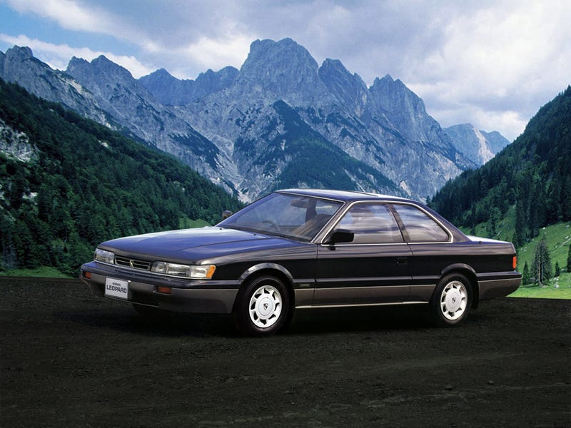 The Infiniti M30 / Nissan Leopard Would Make a Great Sleeper