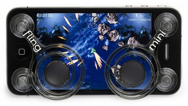 Fling Mini Transforms Your iPhone Into a Dual Analog Gaming Beast