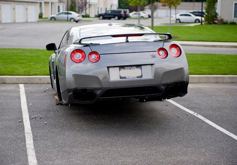 Even Nissan GT-R's Get Their Wheels Stolen