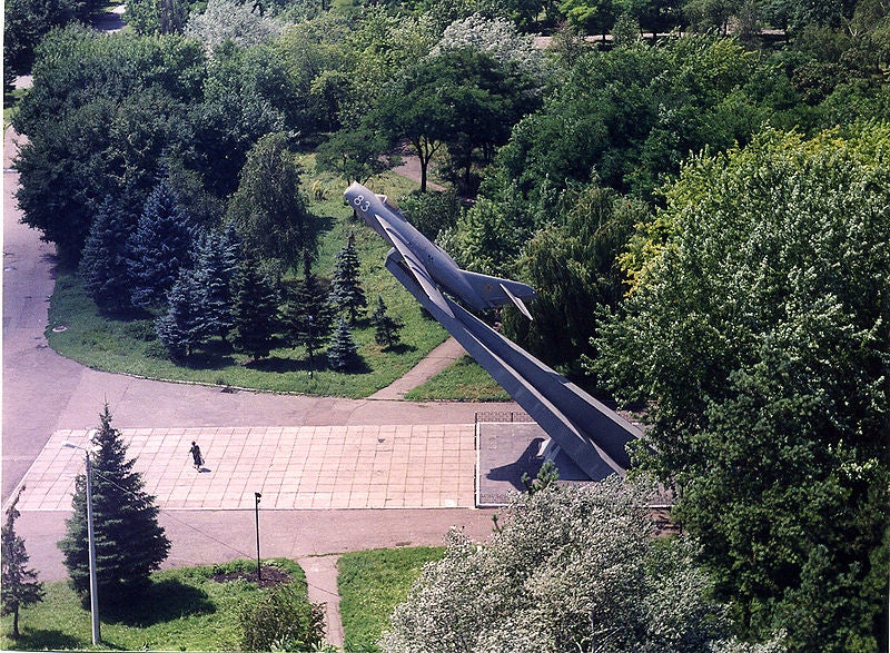 The Many Monuments to Russia's Beloved MiG