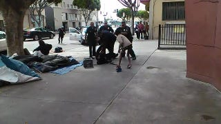 Graphic Video: LAPD Officers Shoot Man Five Times in Broad Daylight