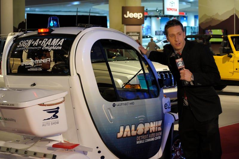 Jalopnik GEM-Powered Detroit Auto Show Mobile Command Center