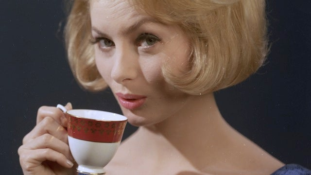 Caffeine Messes With Your Hormones Differently Depending On Your Race