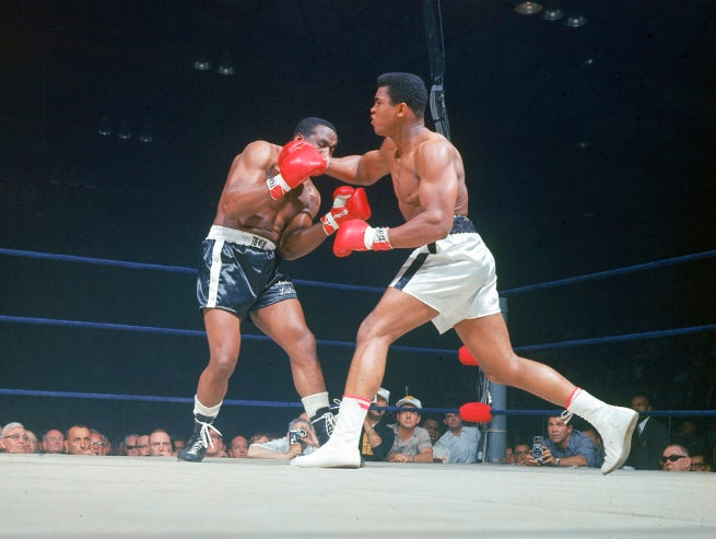 Extra! Ali Throws Punch, Hurts Man!