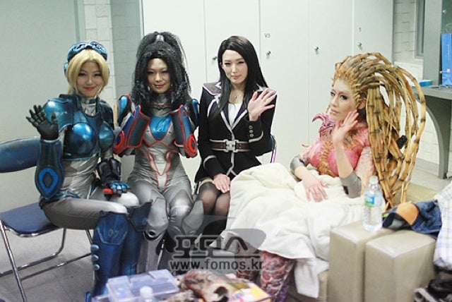 Korea's Best Cosplayers Take on StarCraft II: Heart of the Swarm