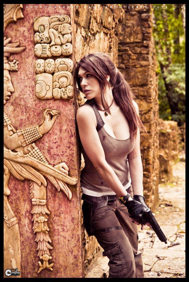 Tomb Raider Cosplay At Actual Mayan Temple