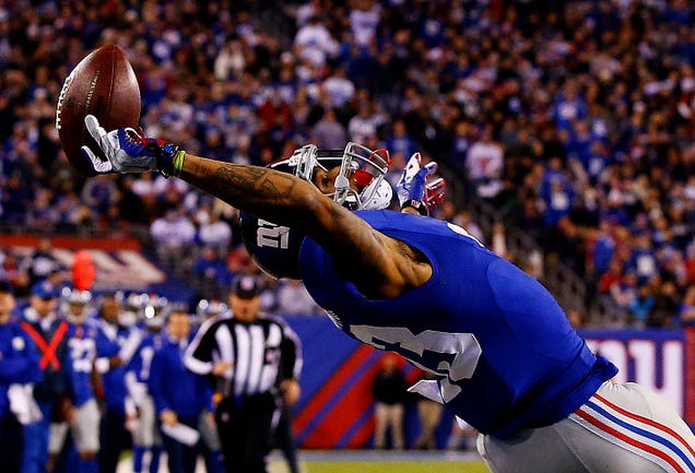 It Sure Looks Like Odell Beckham Jr. Made That Catch With Three Fingers