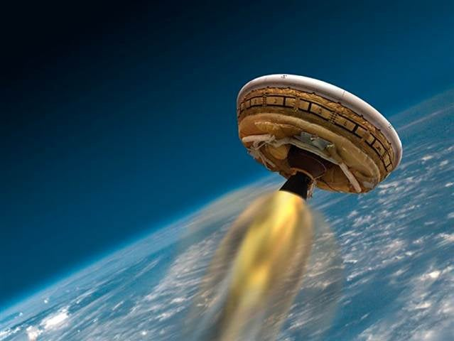 A Flying Saucer Will Not Tear Through Hawaii's Skies (Yet)