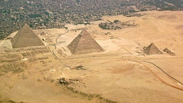 When the smithsonian discovered an ancient egyptian colony