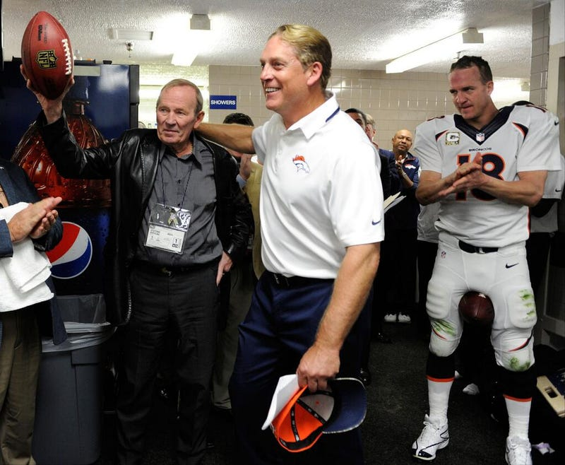 How Long Can Peyton Manning's Bum Ankle Hold Up?
