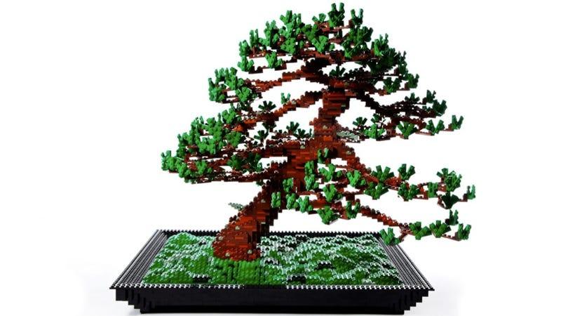 This Bonsai Tree Made Entirely of LEGO Makes Me Wish I Had LEGO Scissors