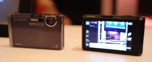 Samsung's LTE-Equipped Cameras Beam Pics Over 4G