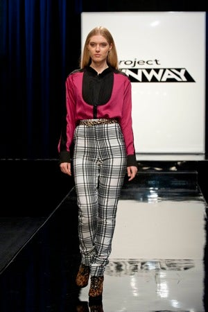 Live Blogging Project Runway, Week 11