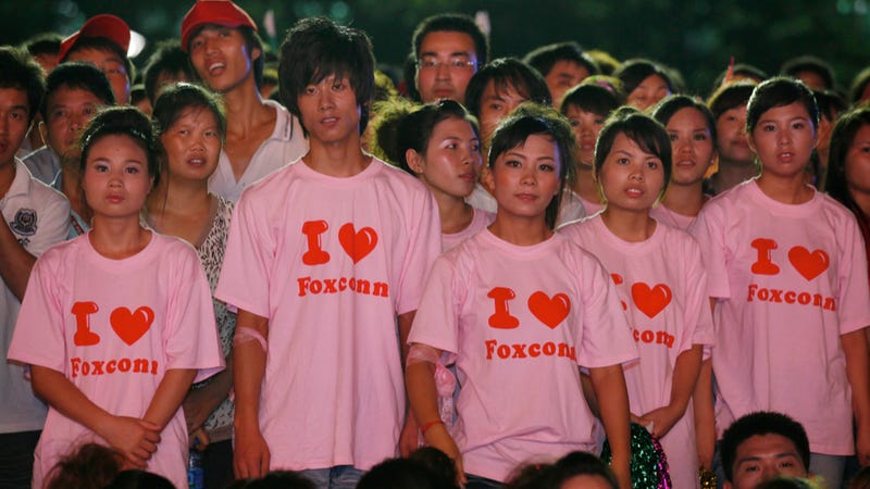 Report: Overworked Foxconn Workers Complaining About Too Much Vacation