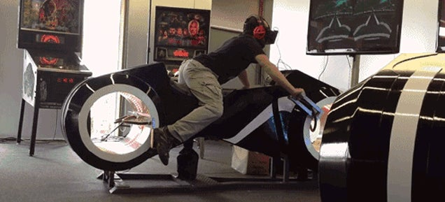 This Oculus Rift-Powered Light Cycle Sim Is the Ultimate Arcade Game