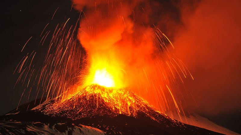 Mount Etna just had its first spectacular eruption in 20 years