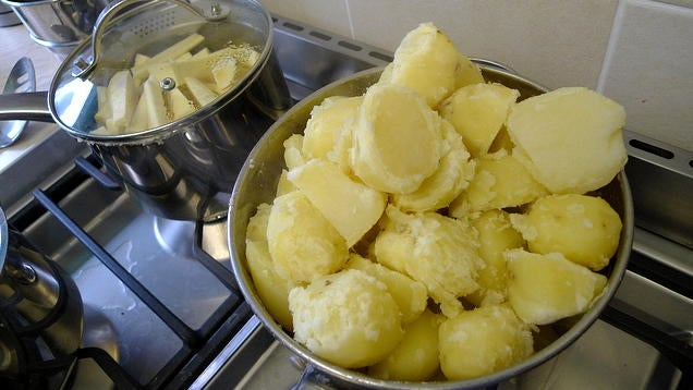Start With Cold Water For Better Mashed Potatoes