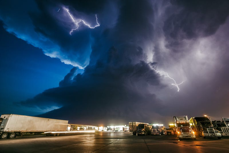 Jaw-dropping Photographs Capture the Sublime Power of Superstorms