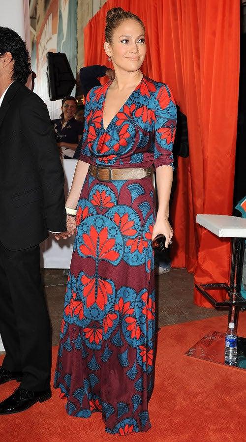 "Orange Alert: The ""Celebrity Orange Carpet"" Not Quite Ready For Prime Time"