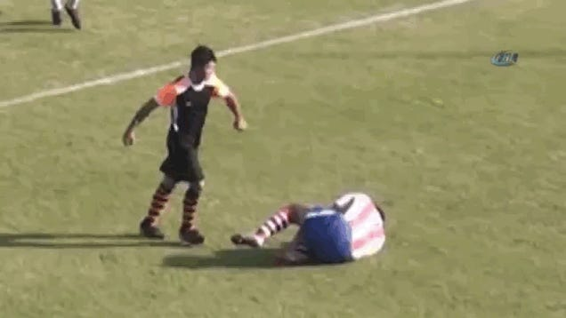 Bad Soccer Man Savagely Kicks Opponent Straight In The Face