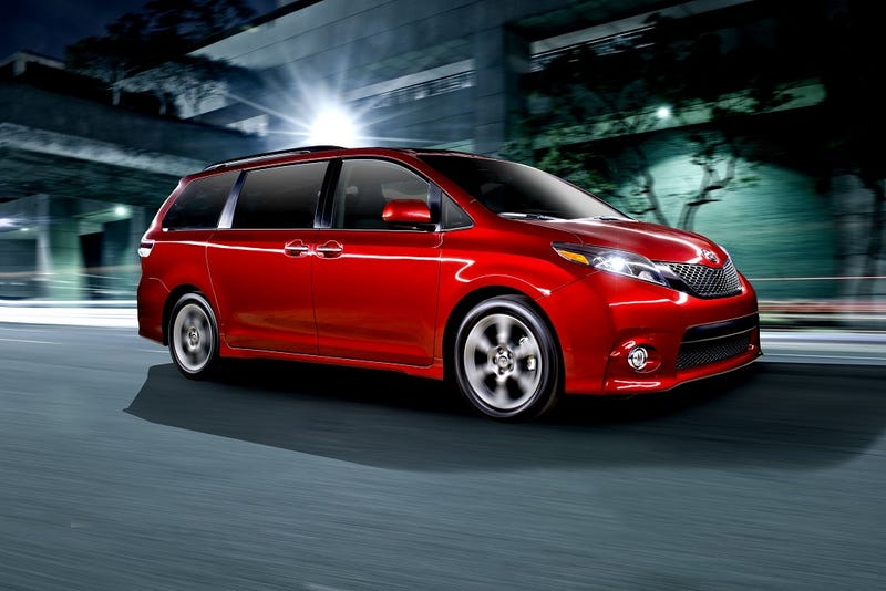 The 2015 Toyota Sienna Saves a Family