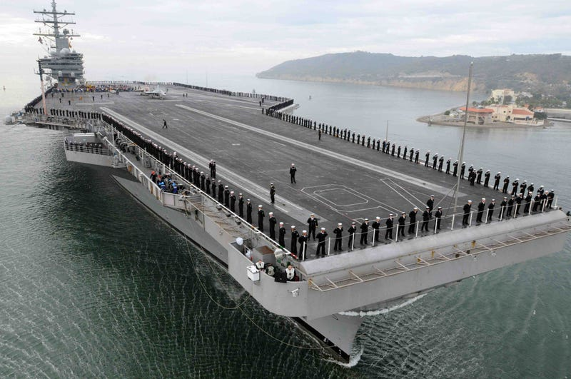 Why The US Navy Should Build Smaller Aircraft Carriers