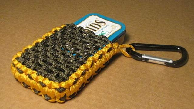 Make a Paracord Pouch for your Survival Tin