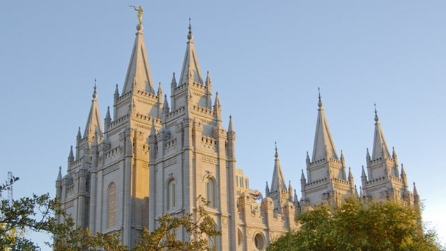 Disillusioned Mormons Sign 'Declaration of Independence From Mormonism'