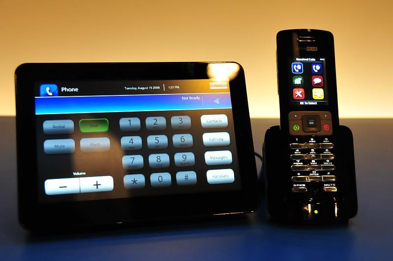 Hands On With OpenPeak's Atom-Powered Home Media Phone