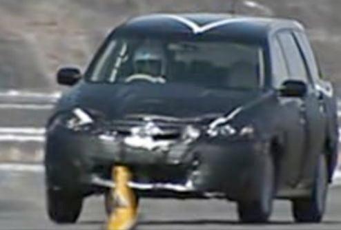 2009 Subaru Exiga Spied Testing
